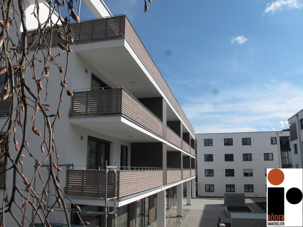 erstbezug 4 zimmerwohnung mit sch nem gro en balkon direkt im zentrum immobilien in oberschwaben. Black Bedroom Furniture Sets. Home Design Ideas